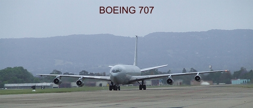 airplane photos boeing 707